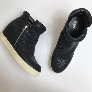 Mossimo black hidden wedge sneaker bootie platform